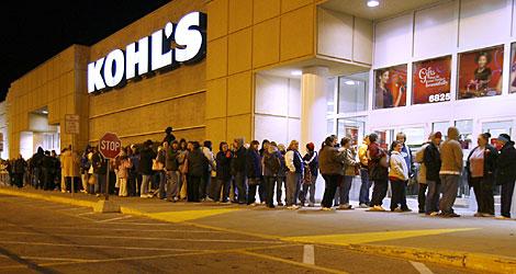 الجمعة السوداء، جمعة اقتحام المتسوقيين للأسواق الأمريكية و موسم التخفيضات الجنونية (9)