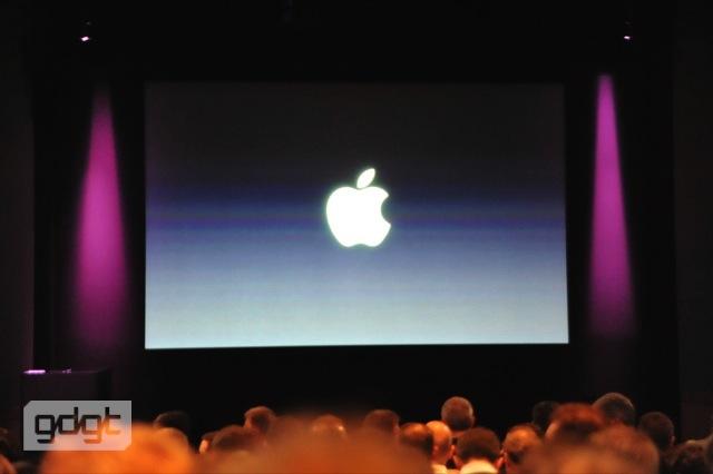 بالصور الفيديو للأعلان الجديد iphone 9180.imgcache.jpg