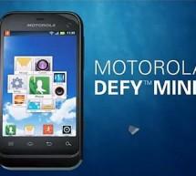 """هاتف جديد تطلقه """"موتورولا"""" أنحف من طرازاتها السابقة """"Defy Mini"""""""